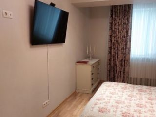 Apartament cu 2 camere si living,Ciocana!