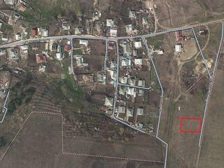 Loc de casă 5 sote în Bubuieci cu 3400 euro - prima rată 1000 euro