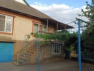 Vind casa in 2 nivele in Criuleni, Cosernita 104m2 si 15ari
