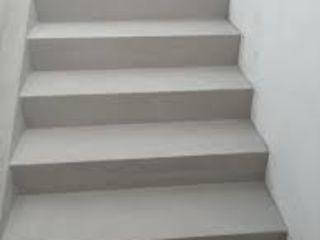 Construiesc scări de beton