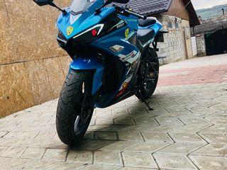 Motomax V-6