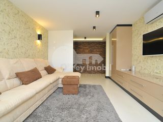 Apartament 2 camere, reparație euro/mobilat, Centru - Nicolae Iorga 650 €