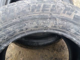 4 cauciucuri 255.55.18, 2 Michelin si 2 Pirelli