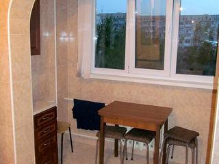 Apartament 3 camere, euroreparatie, partial utilat, intr-o zona linistita.