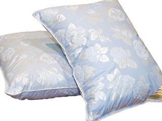 Перьевые подушки б/у
