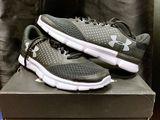 Оригинальные кроссовки Under Armour  ! Размер 42 ( 27 cm)   !!