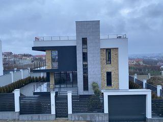 Casa in stil hi tech de la proprietar