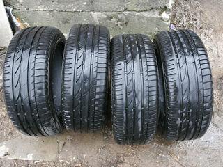 215 / 55 / R16     Bridgestone 4 buc.