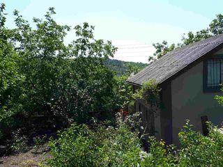 Vind casa - vila cu 2 etaje in Codrii Moldovei