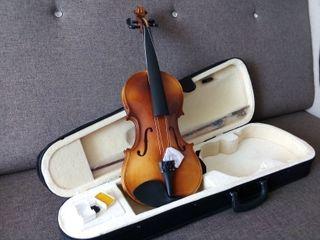 Vioara 4/4 noua, скрипка 4/4 новая