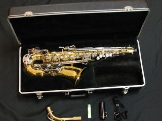 Продам саксофон Selmer bundy ii USA!!!
