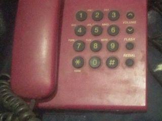 Продам стационарный телефон, рабочий- 100л.