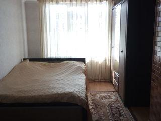 Vand urgent apartament cu 3 odai in orasul Falesti