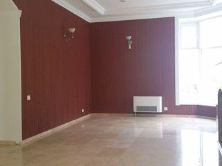 Продаётся новое здание в центре Буюкан. 650 кв.м