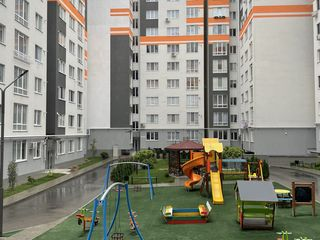 Apartament cu 2 odăi +living,Euroreparație