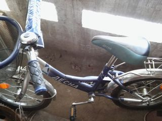 Vind bicicleta Desna 4-9 ani 400 lei