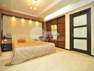Apartament cu 2 camere, Centru, bd. Ștefan cel Mare, 77900 € !