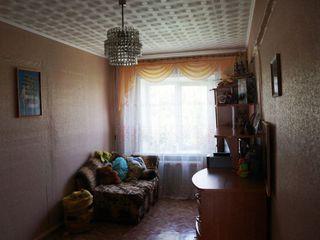 Продам 3-комнатную кв 8-й кв