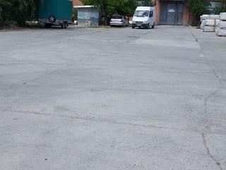 Аренда открытой бетонной  площадки 1600 м2 возле таможни