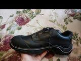 продам обувь строительную хорошее немецкое качество размер 44-45