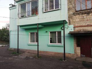 Vînd urgent apartament in R.Orhei .Sat. Peresecina