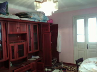 Vind casa la Calarasi ! Merg si la schimb pe un apartament in Chisinau sau Ialoveni