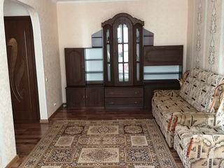 Vând apartament cu două camere