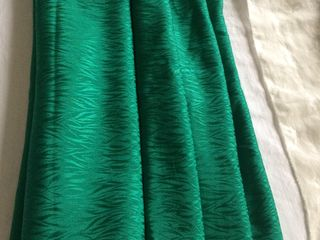 Натуральные, крепдешиновые, шелковые,ткани, по 5-  6м(Киев)
