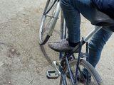 Bicicleta merge bine fac si kimb mobil ori calculator
