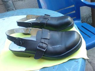 Сандали с металлическим носком из Германий - Кожа