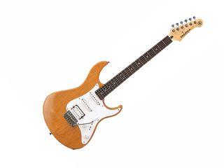 Yamaha Pacifica 112J - chitara electrica de tip STRAT, configuratie pickup de tip H-S-S