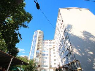 Apartament in bloc nou doar cu 470€/m2, Centru, reparatie/autonoma, 83m2, etaj 2 (achitare in rate)