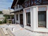 Выполняем работы по утеплению и отделке фасада+подшивка, отливы водосточка. Добротно!