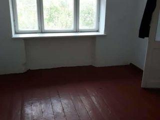 Меняю 2хкомнатную квартиру в г. Оргеев