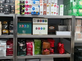 Livrare cafea naturala in boabe,macinata,capsule.