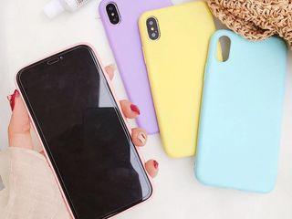 Sticle de protecție și huse pentru Samsung, iPhone, Xiaomi, Huawei.