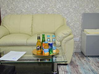 Super oferta apartament de lux in centru 400 lei/noaptea. pe ore 70 lei