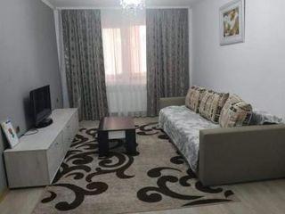 Продам 2-х комнатную квартиру в районе 15 м-на-35000