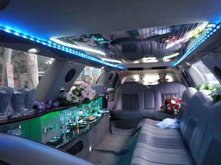 Cea mai frumoasa limuzina lincoln din tara la o deservire inalta+cadou