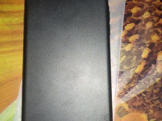 чехол для iPhone 7 плюс, б/у - 30 лей - силиконовый черный  стекла защитные с черной рамкой по кругу