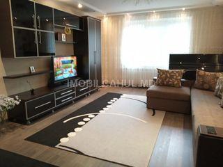 Продается  3-х комнатная квартира 143 серии на Лапаевке