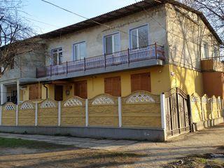 Apartament  3 camere 65 m2 cu intrare separata (privata)