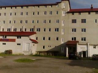 Urgent 150 000 euro toata cladirea Campulung Moldovenesc sau schimb pe Chisinau