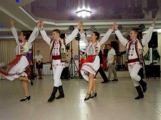 Dansatori profesionisti!!!