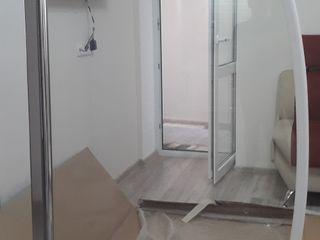 дверь стеклянная для ванны