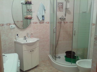 Apartament în vânzare Stăuceni, str. M. Frunze 74m  39000E