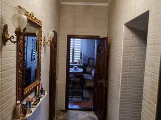 Apartament cu 2 camere in Ungheni (centru).