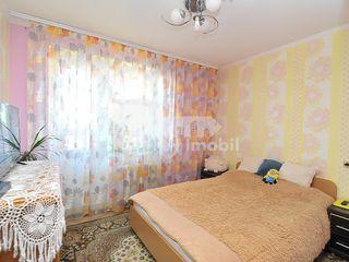 Apartament cu 3 camere, 77 mp, Buiucani, 49000 € !
