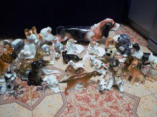 Колекция фарфоровых собак