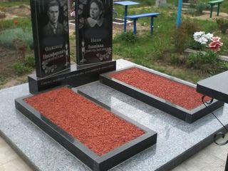 Monumente- памятники  по всей стране!